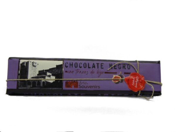 chocolate negro con trozos de higo