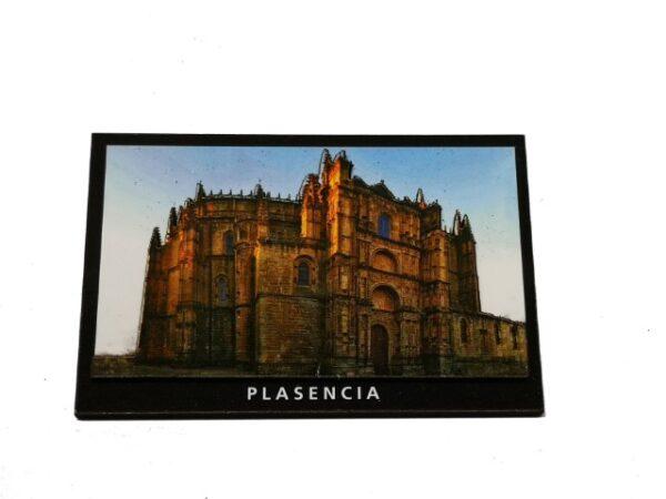Imán de DM con relieve Catedral Plasencia
