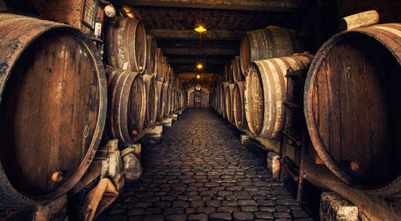 1Bodega. Los mejores vinos, cervezas, licores y destilados extremeños.